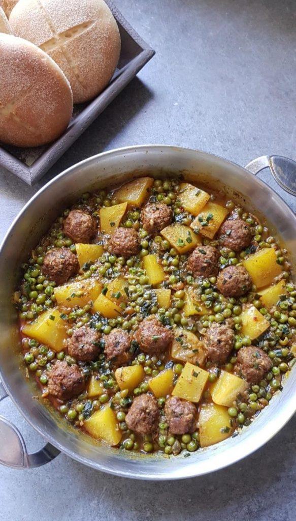tajine-viande-hachée-petits-pois-pommes-de-terre (1)